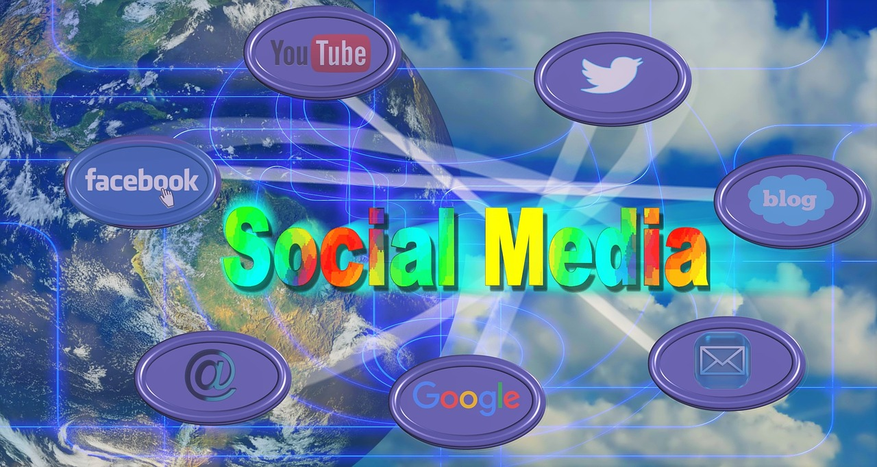 social-media-961769_1280 (2)